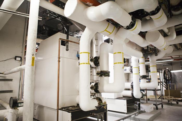Salle mcanique combinant plusieurs technologies conergtiques